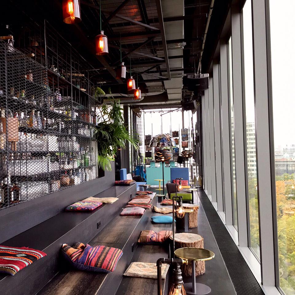 Bars mit Panoramablick und Dachterrasse in Berlin